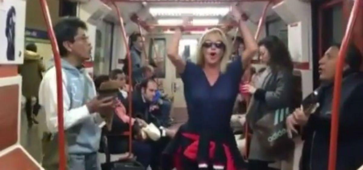 ¿Lo hará también en la Línea B? Solita Silveyra baila en el metro de Madrid