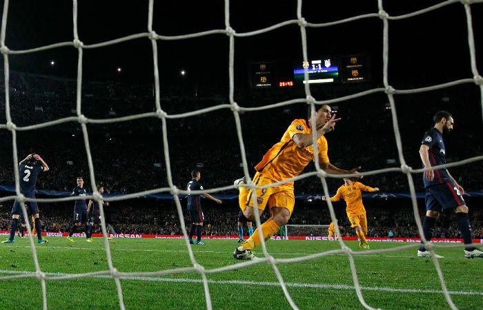 Doblete. El delantero uruguayo facturó por duplicado para la victoria culé. (Foto AP)