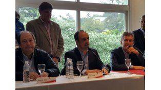Macri y Corral participan del foro de intendentes radicales en Rio Ceballos.