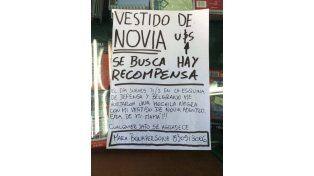 Así aparece la publicación en el muro de Facebook que creó: Novia Tana busca Vestido Hurtado