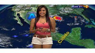 Una sensación mundial: viral por cómo se viste en la tele