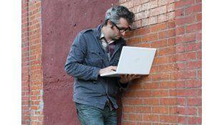 Dead Drops, la red de USB que se esconde en muros de edificios de todo el mundo