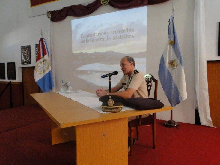 Emotivo homenaje a los héroes de Malvinas en el Liceo Militar