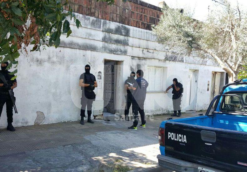 Custodia. Del Cuerpo Guardia de Infantería durante el allanamiento ejecutado en la vivienda de Bº Villa María Selva.