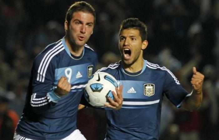 Agüero: Martino ya nos dijo que por ahora Higuaín y yo no vamos a jugar juntos