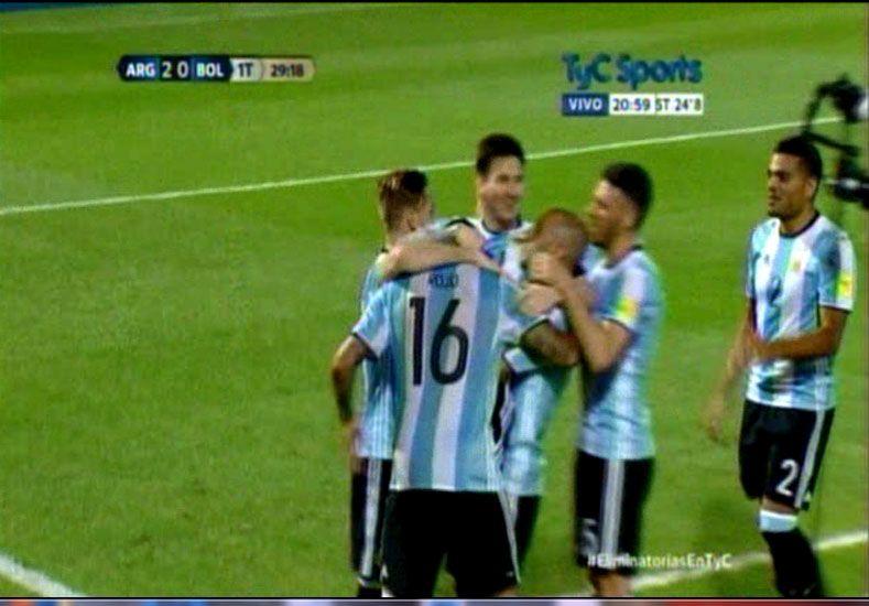 Una encendida Argentina derrotó 2 a 0 a Bolivia en el Mario Alberto Kempes