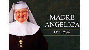 Murió la carismática Madre Angélica