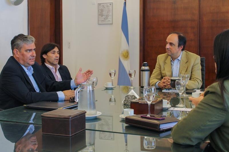 El intendente José Corral recibió a las nuevas autoridades locales del Pami