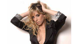 ¡Pero! Tamara Pettinato manejó desnuda por Buenos Aires