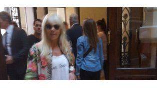 Claudia Villafañe reconoció que se quedó con los objetos de Maradona: Él los abandonó