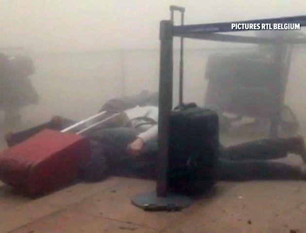 Un video registra el momento justo de las explosiones en el aeropuerto de Bruselas