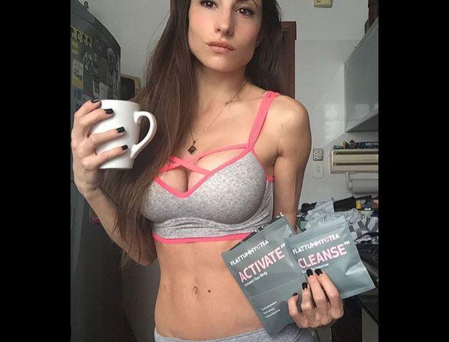 Las fotos de Magui Bravi que posa sexy frente al espejo