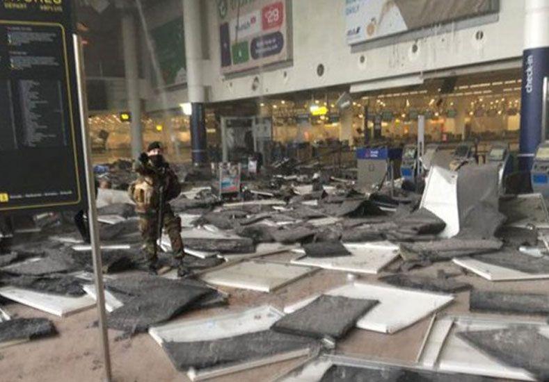 Decenas de muertos y heridos en atentados suicidas en Bruselas