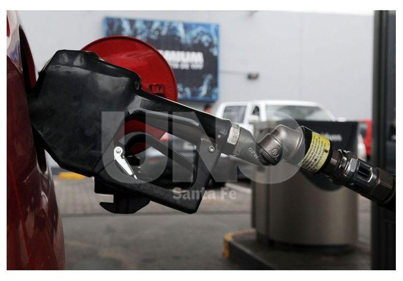 A pesar de la caída del consumo, volverían a aumentar las naftas