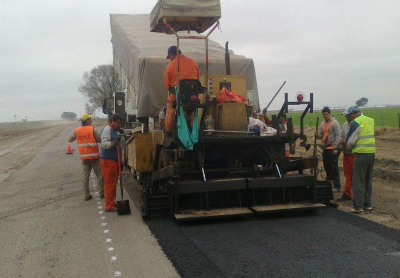 La provincia invertirá 1600 millones de pesos en la repavimentación de rutas