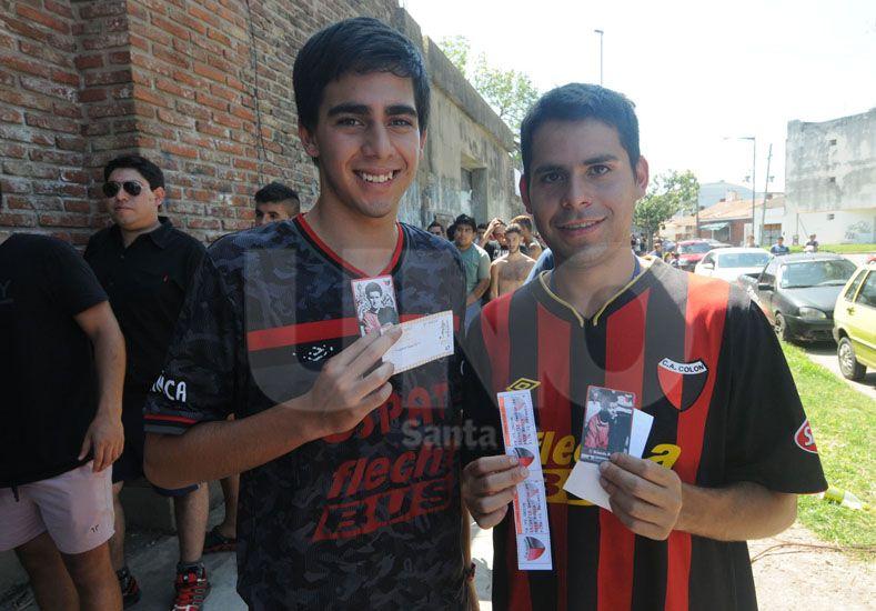 Así arrancó ayer la venta de entradas en las boleterías del club. Foto: José Busiemi / UNO Santa Fe