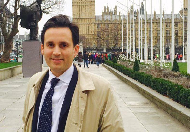 Un santafesino disertó en el Parlamento Inglés sobre la Nueva Argentina