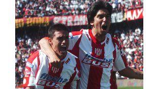 La emoción del festejo marca la manera en que tanto Fausto Montero como ese grupo salió a jugar el clásico. UNO/Manuel Testi