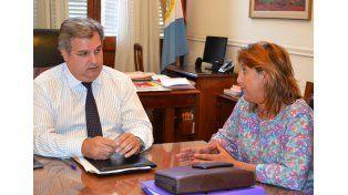 Qüesta se reunió con el ministro Farías para gestionar obras del Acuerdo Capital