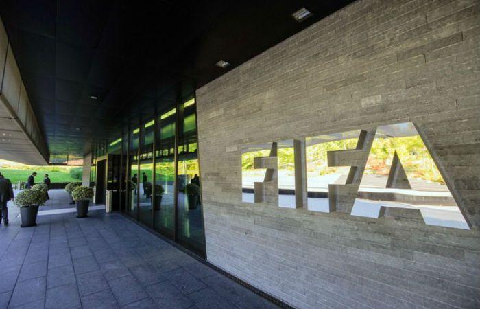 El FBI investiga el cobro de sobornos en la comercialización de derechos televisivos de competiciones.