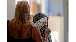 Con más de 45 ºC de sensación térmica, el verano prolonga su final