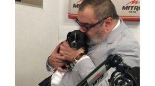 Lanata homenajeó a un santafesino con el nombre de su nueva mascota