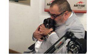 SR. Candioti es el nombre elegido para el cachorro en honor a un nadador santafesino.