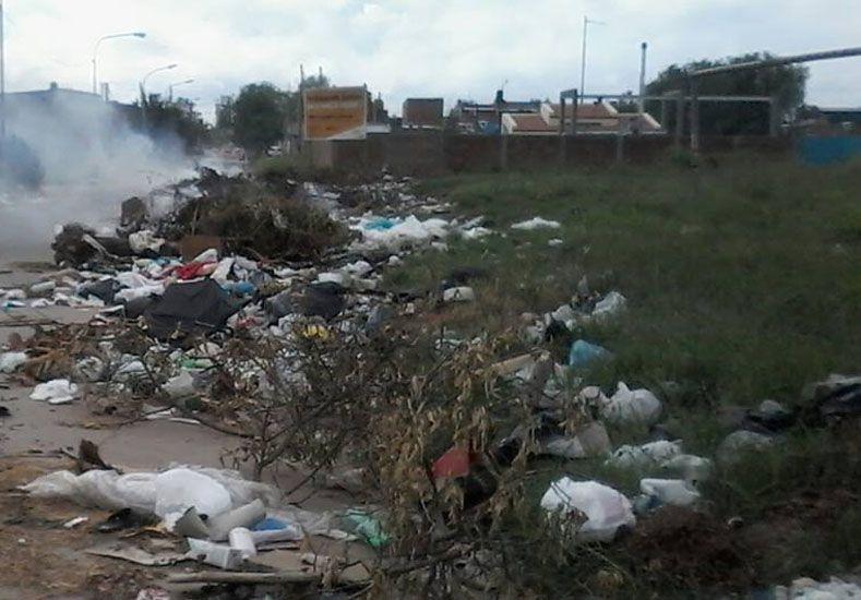 Enojados. Los vecinos reflejaron su malestar en las redes sociales y solicitan al municipio que intervenga.