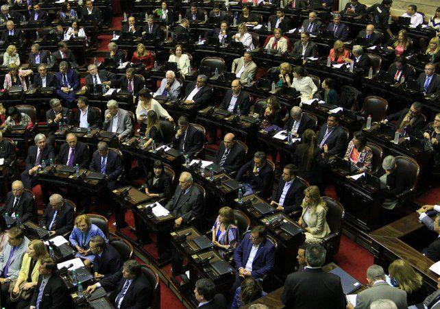 Sesión maratónica por la ley de pago a los fondos buitres