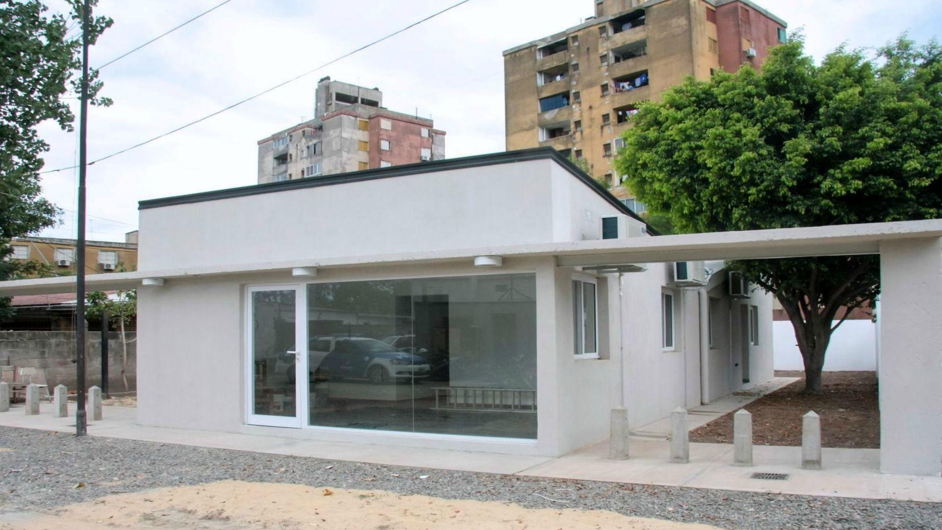 Inauguran la remodelación de la subcomisaría 3ª de barrio Las Flores, de Santa Fe