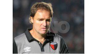 Darío Franco no respondió preguntas y solo felicitó a los jugadores. Foto: José Busiemi / UNO Santa Fe