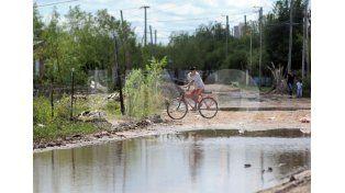 Anegamientos. Con las últimas lluvias las calles del barrio se vieron afectadas y necesitan arreglos / Foto: Mauricio Centurión - Uno Santa Fe