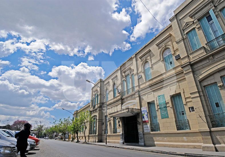 El hospital Cullen se verá afectado por la medida de AMRA / Foto: Manuel Testi - Uno Santa Fe