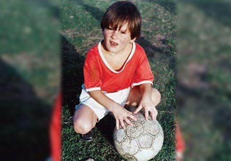 El mejor gol de Messi lo hizo cuando tenía ocho años