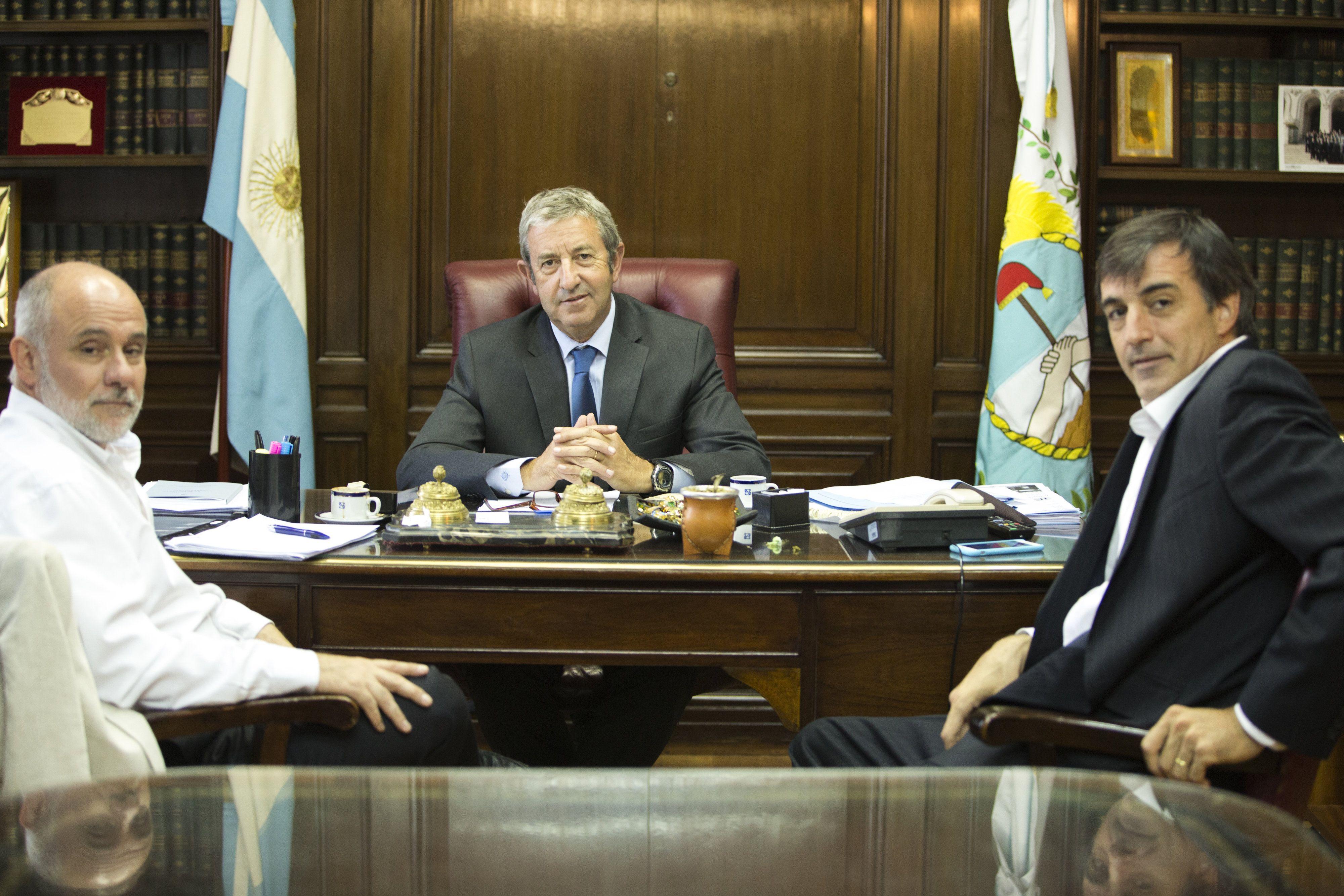 El ministro Bullrich anunció el proyecto de creación de la Cédula Escolar Nacional