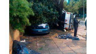 Tragedia familiar en Córdoba: madre e hija chocaron contra un poste y murieron