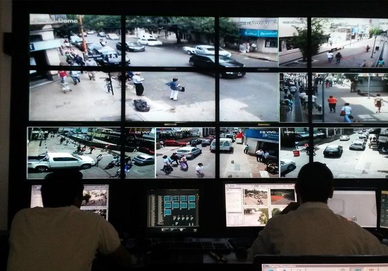 El gobierno de la ciudad ya entregó 273 botones de alerta a mujeres