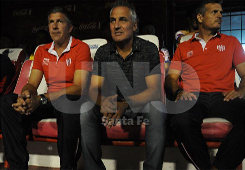 Madelón tiene una larga semana de trabajo para planificar el partido frente a Boca en La Bombonera / Foto: José Busiemi - Uno Santa Fe