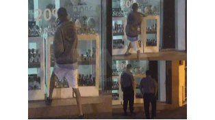 El video del robo en una joyería de la peatonal santafesina