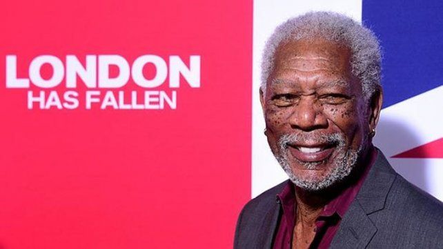 Morgan Freeman recita a Justin Bieber