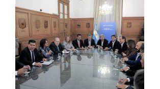 Coparticipación: Habrá diálogo permanente entre el Gobierno y las provincias