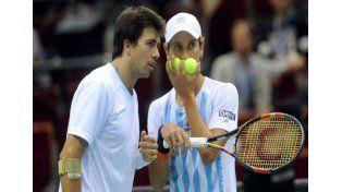 Argentina perdió en dobles y la serie con Polonia se definirá este domingo