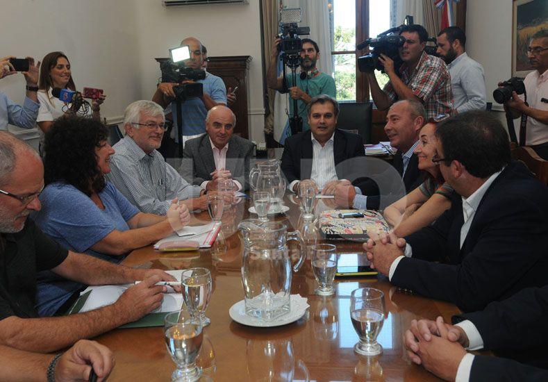 Debate. Los representantes del Ejecutivo y los gremialistas buscarán acordar una propuesta. UNO de Santa Fe/José Busiemi