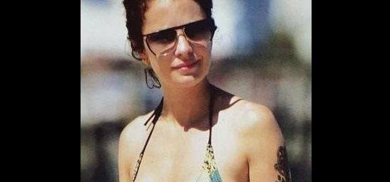 De vacaciones en Punta del Este, Dolores Fonzi levanta suspiros en la playa