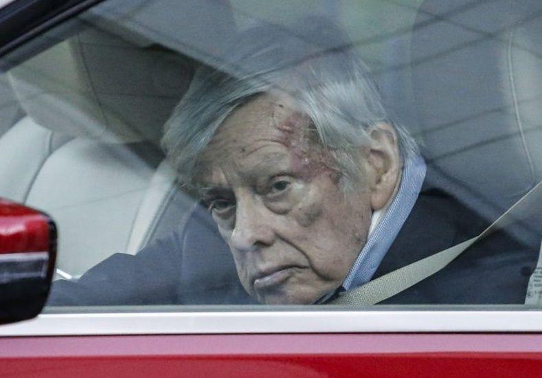 Griesa accedió al pedido de Argentina y levantó las restricciones que impiden pagar a los bonistas