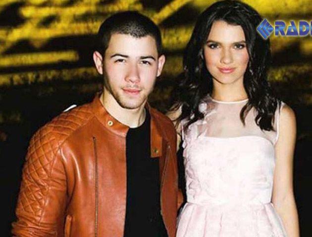 Maya y Nick Jonas.