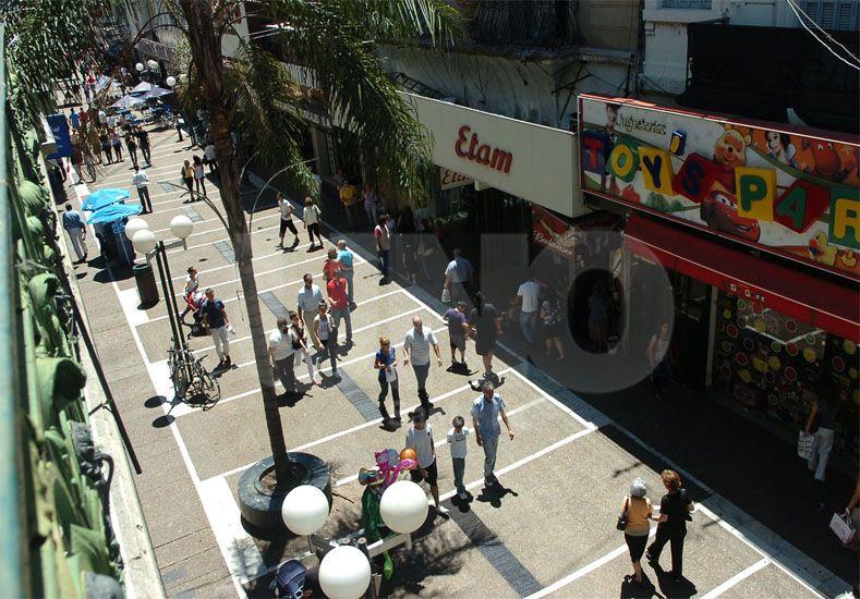 Financiamiento. Los comerciantes quieren acceder a créditos para realizar mejoras / Foto: Juan Manuel Baialardo - Uno Santa Fe