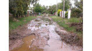 Estado. Muchos vecinos de la Costa están obligados a convivir con las consecuencias de la crecida / Foto: Gentileza Coordinadora de la Costa