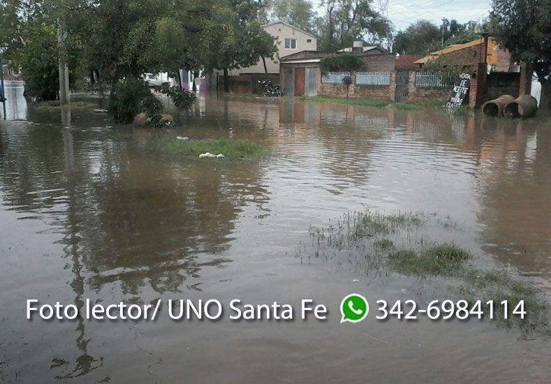 Calles inundadas en Alto Verde. Gentileza Daniel.