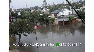 Vanina mandó fotos de cómo estaban las calles de barrio Centenario esta mañana.